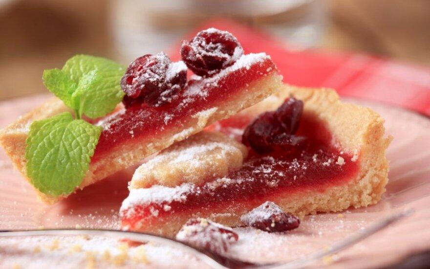 GARDUS spanguolių ir vyšnių pyragas