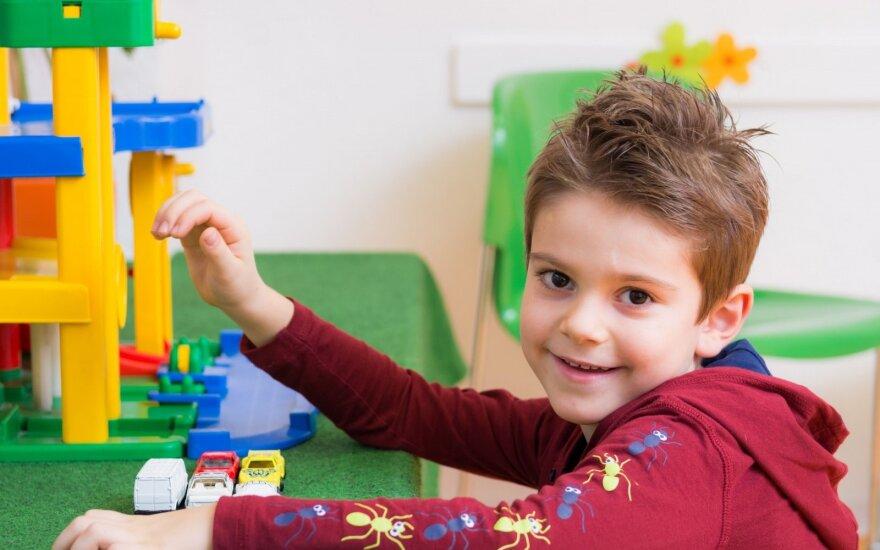 Dovanoti tradicinius ar modernius žaislus? Psichologės patarimai nustebins