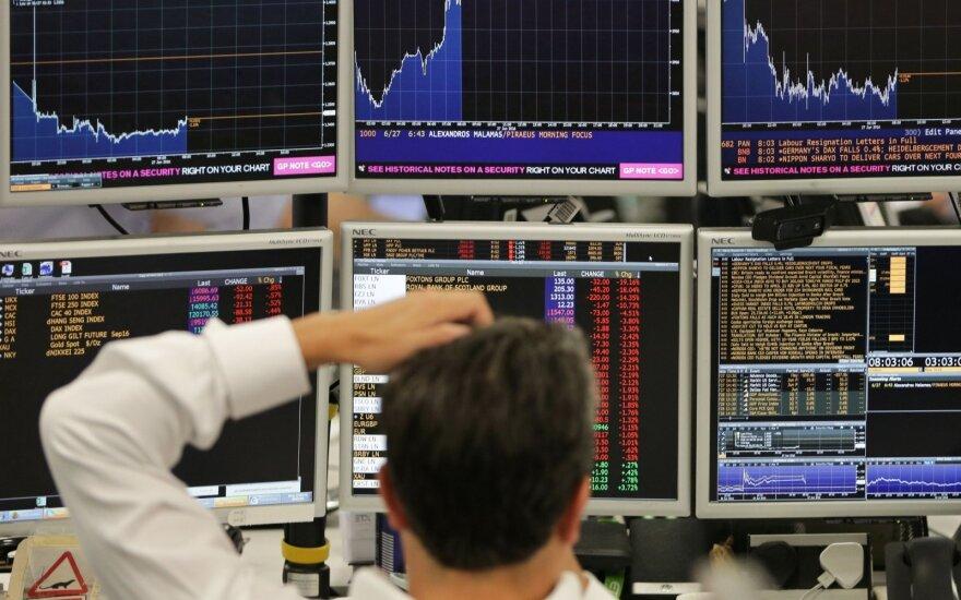 Biržoje savaitė prasidėjo kainų smukimu