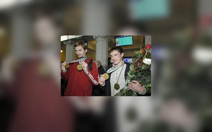 Edvinas Krungolcas ir Andrejus Zadneprovskis