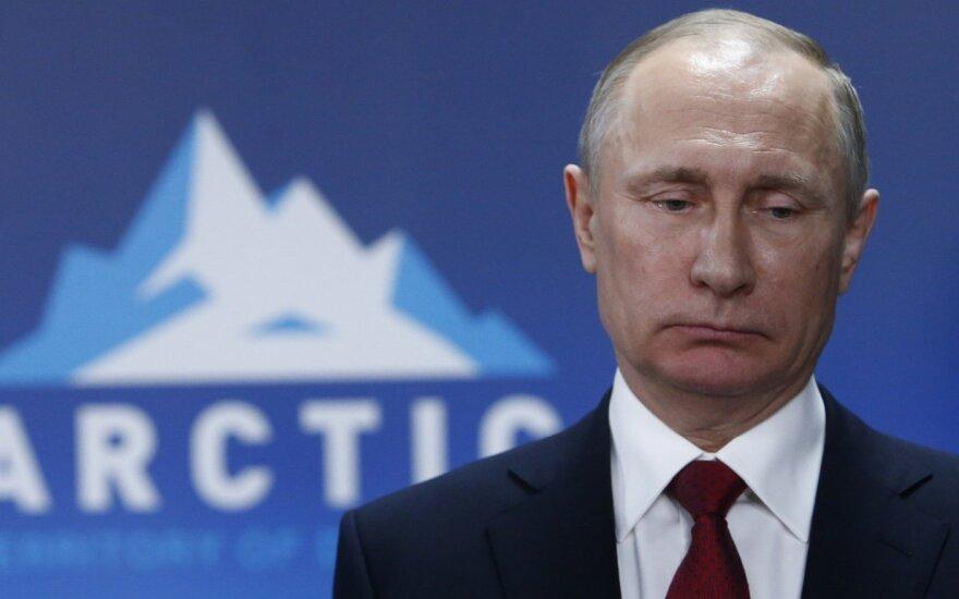 JAV baiminasi Rusijos veiksmų dėl Arkties šelfo