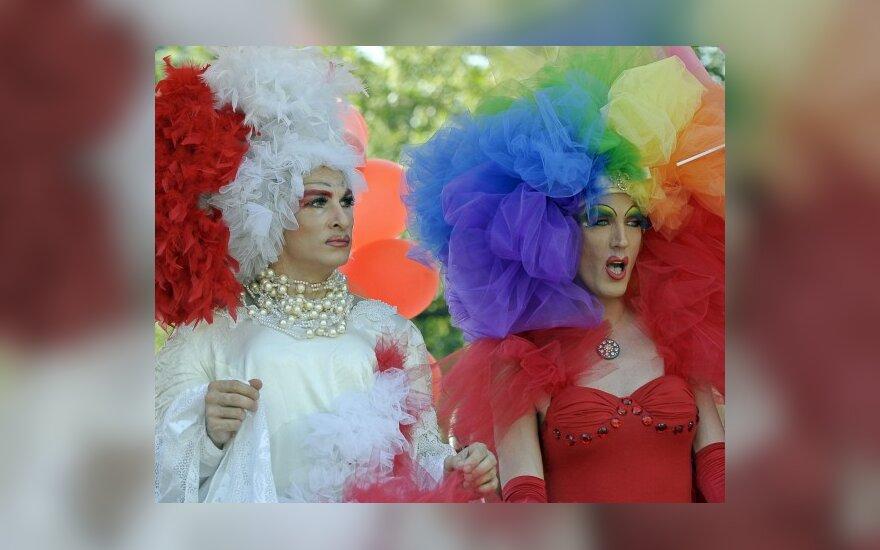 Briuselis sunerimo dėl Turkijos policijos smurto prieš transseksualus