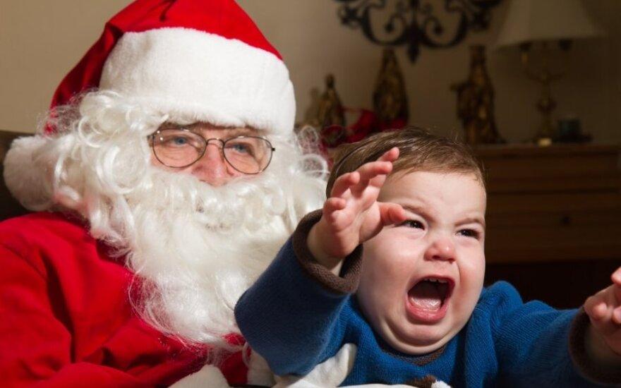 Sužinojusi apie Kalėdų senelį puolė į ašaras