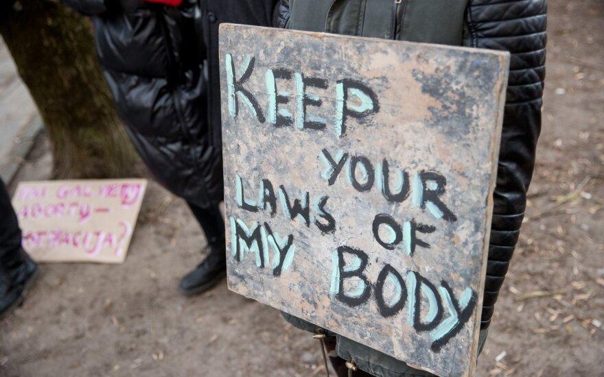 Airių dėmesys po referendumo prieš abortų draudimą nukrypo į parlamentą