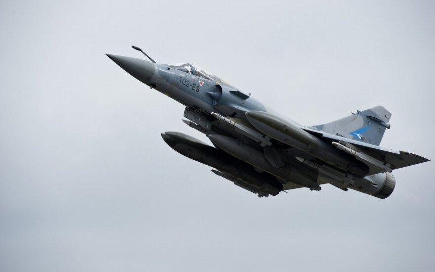 Turkijos karo lėktuvus mėginusio perimti Graikijos naikintuvo pilotas žuvo