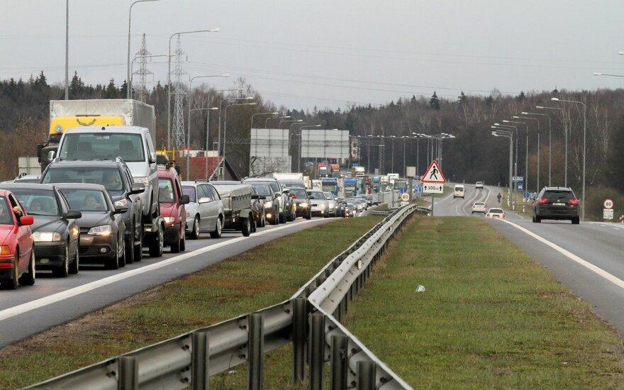 Automagistralės ruožo ties Kaunu remontas: vairuotojams teks apsišarvuoti kantrybe