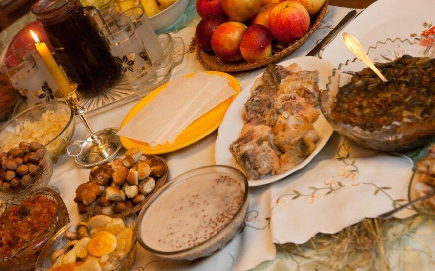 Patarimai, kaip paįvairinti šventinį Kūčių stalą