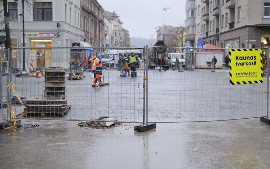 Kauno centre atidaroma du mėnesius tvarkyta sankryža