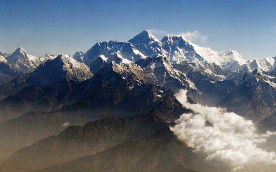 Australų alpinistas rekordiškai greitai įveikė visų žemynų aukščiausias viršukalnes