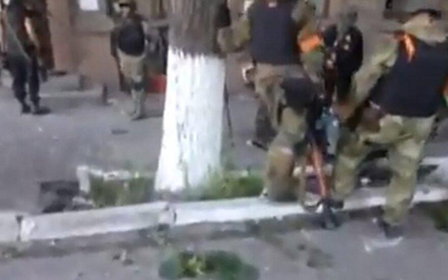 Speciali operacija: iš Mariupolio gatvių šluoja teroristus