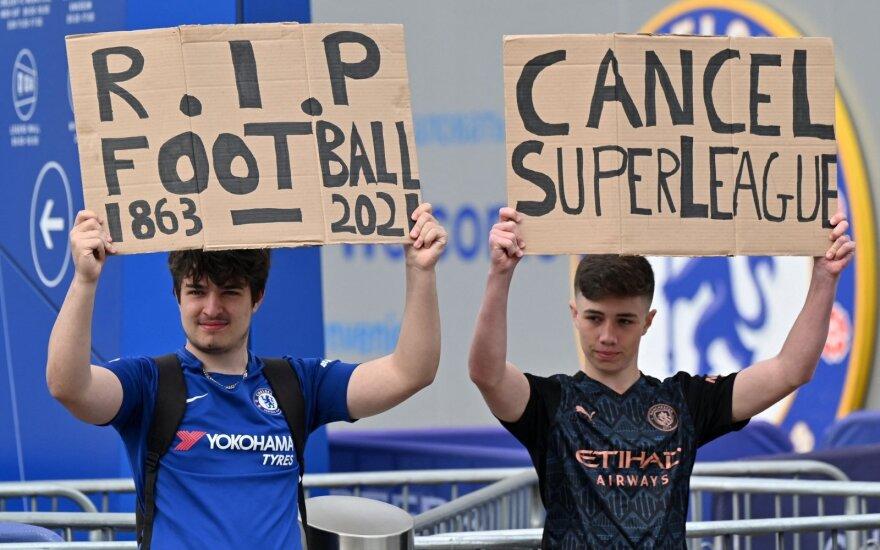 Sirgaliai protestuoja prieš futbolo Superlygos kūrimą