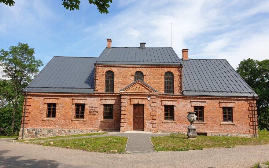 Užutrakyje lankytojams atveriamas Istorinių parkų pažinimo centras