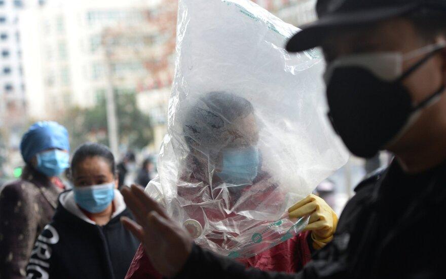 """PSO perspėjo dėl """"labai grėsmingo"""" koronaviruso pavojaus pasauliui"""