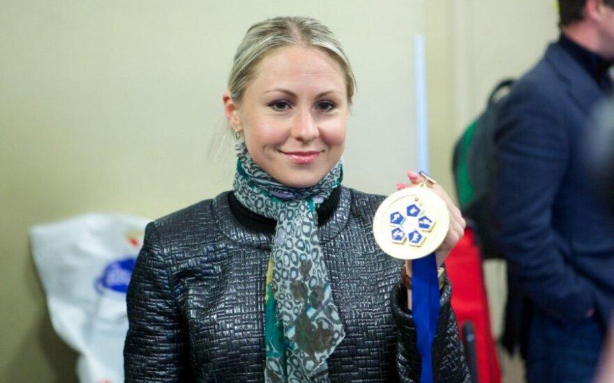 Lauros Asadauskaitės-Zedneprovskienės pasitikimas Vilniaus oro uoste
