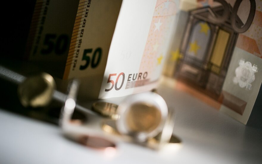 FNTT: kredito unijos indėlininkų pinigus vadovas naudojo kaip savus
