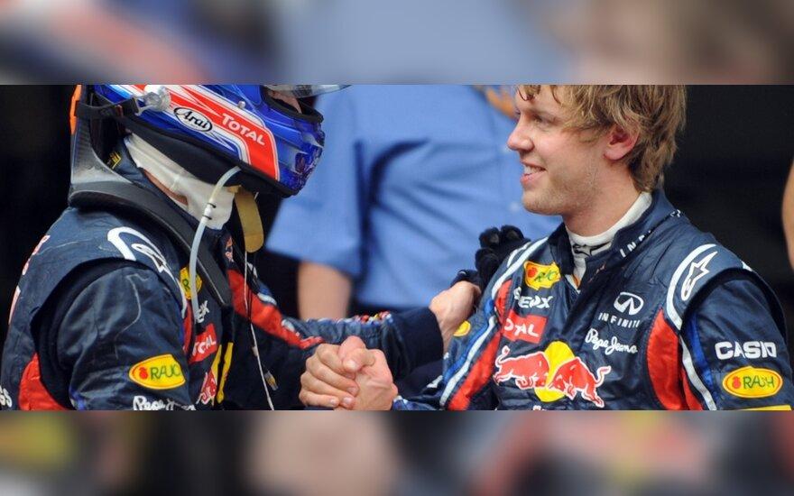 Markas Webberis (kairėje) ir Sebastianas Vettelis
