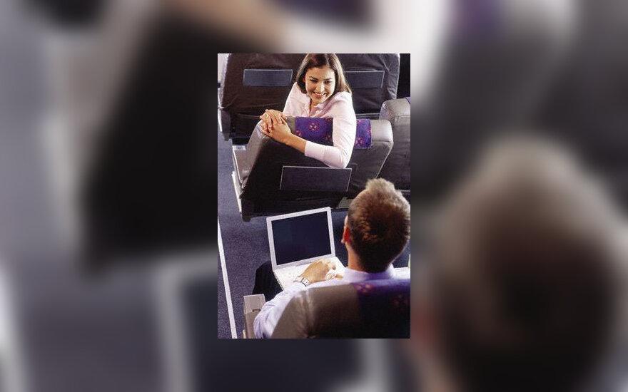 Flirtas lėktuve, pora