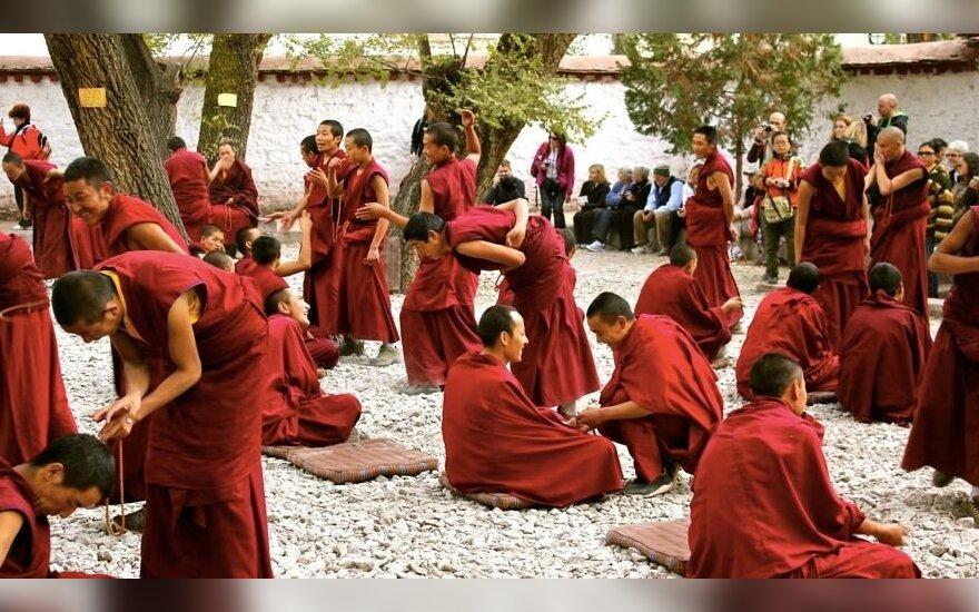 Kinijoje save padegė dar vienas tibetiečių vienuolis