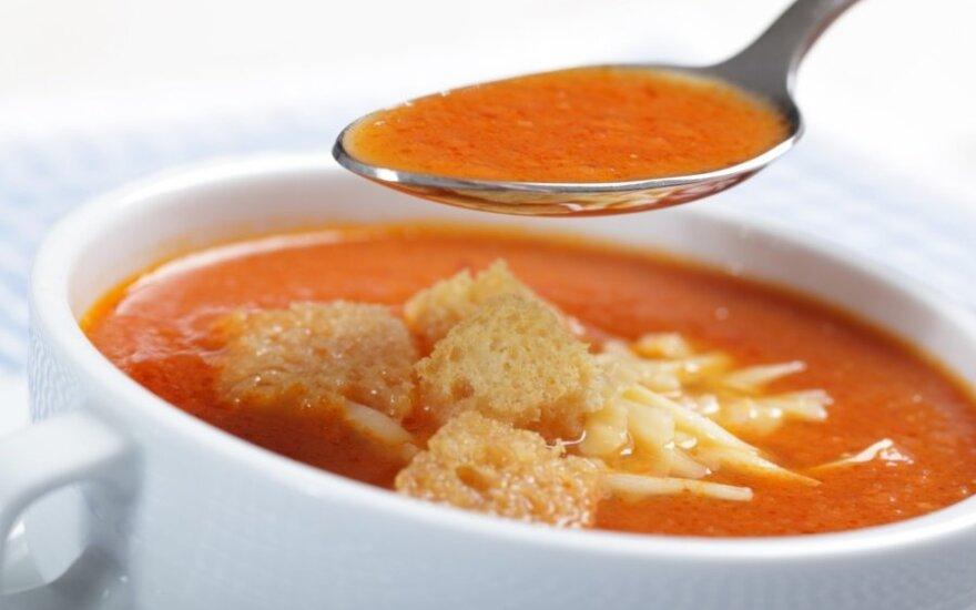 Pomidorų sriuba su sūriu