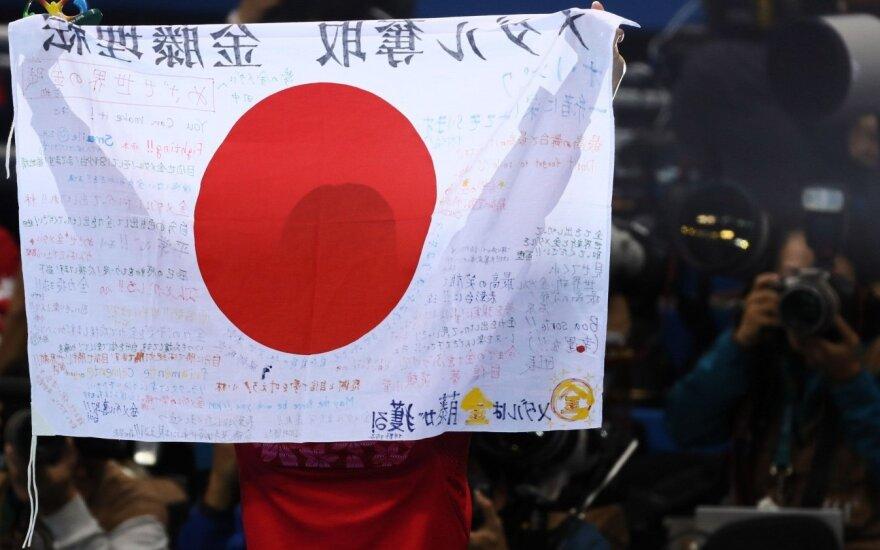 73-ejų metų japonas tapo vyriausiu Cugaru sąsiaurį perplaukusiu žmogumi