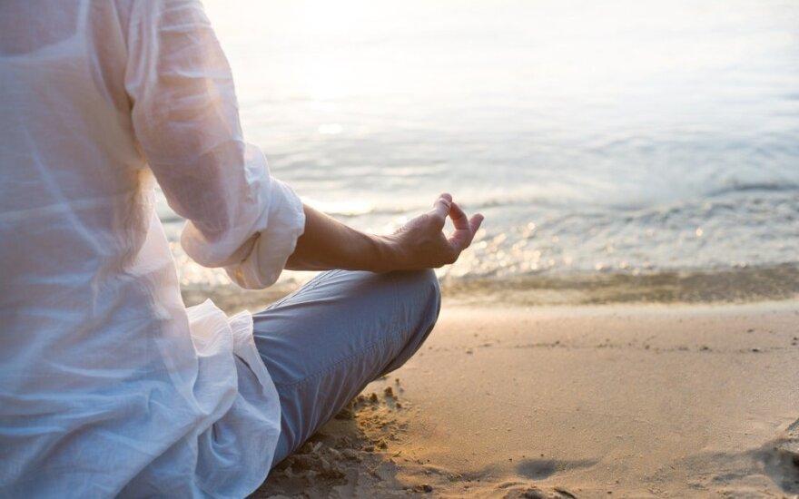 Kaip išmokti atsipalaiduoti ir mėgautis gyvenimu?