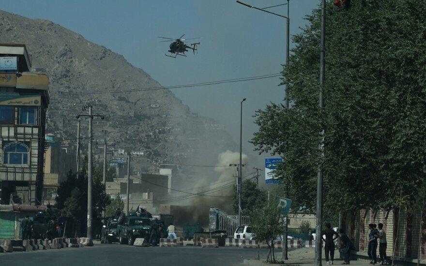 Afganistane sprogus pakelės bombai žuvo trys civiliai