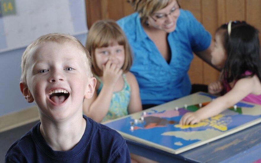 Tėvai išlaidauja su tikslu: populiarėja edukacinės dovanos