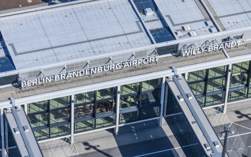 Berlyno oro uostas