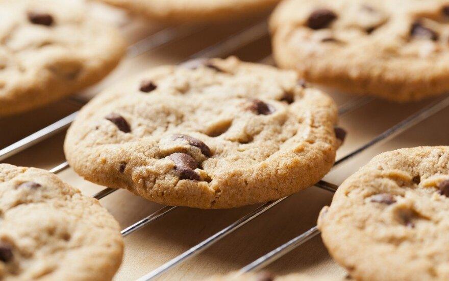Kriaušių ir riešutų sausainiai