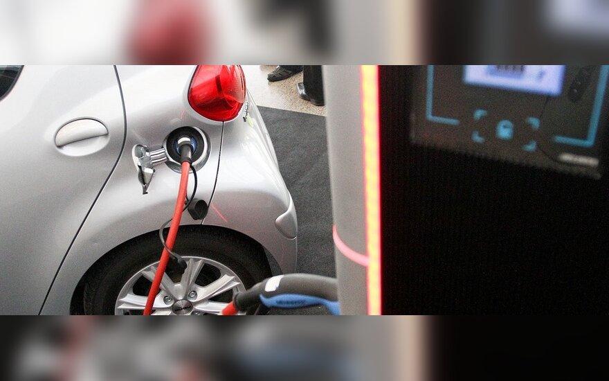 "Parodoje ""ALT 2011"" – dėmesys ekologiškam transportui"