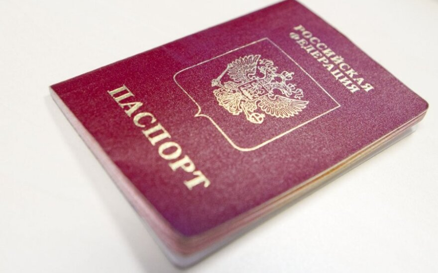 Rusija suteikė pilietybę 125 tūkst. žmonių iš karo nusiaubtos Rytų Ukrainos