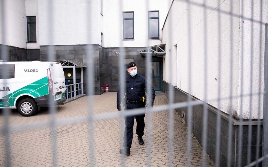 FNTT: prieš teismą stos labdaros fondo vadovas, kuris įtariamas net kelių nusikalstamų schemų sukūrimu