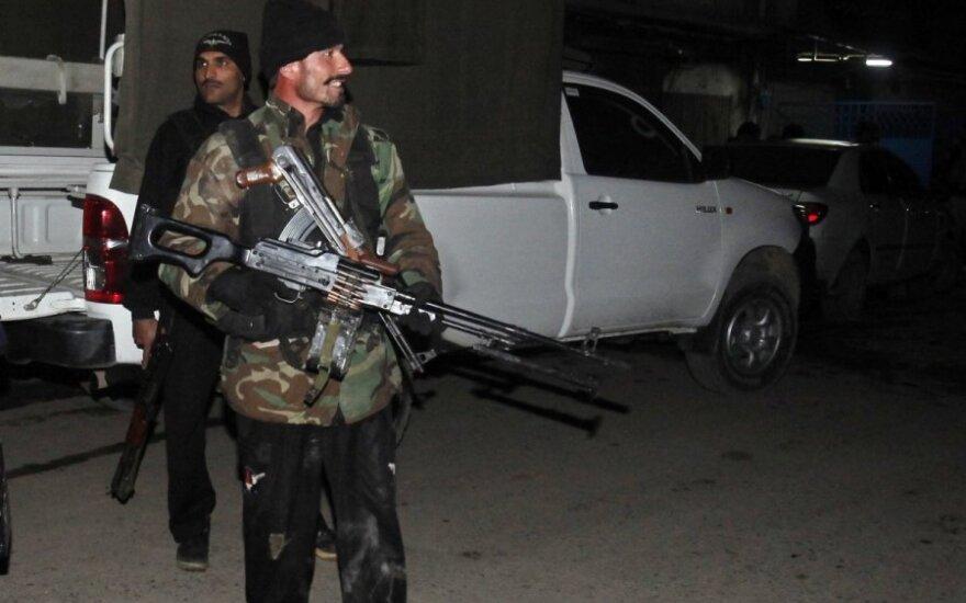 Pakistane per išpuolį žuvo mažiausiai 12 policininkų