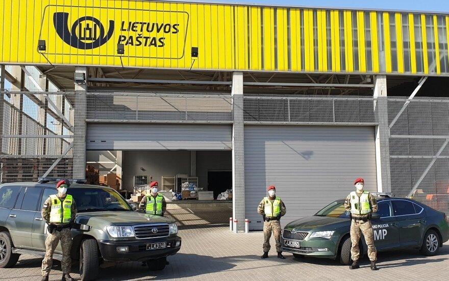 Nuo penktadienio į Lietuvos miestų gatves patruliuoti išeina kariuomenė