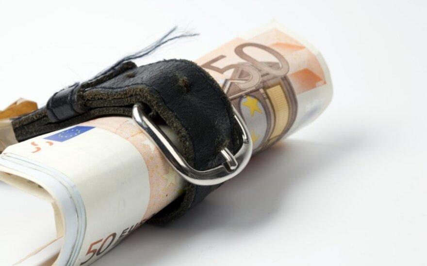 Diržų veržimosi politika pasiekė ir ES pareigūnus