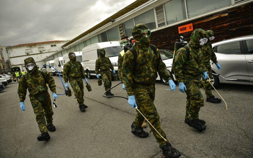 Ispanų kariai aptiko likimo valiai paliktų pacientų, netgi mirusių senolių
