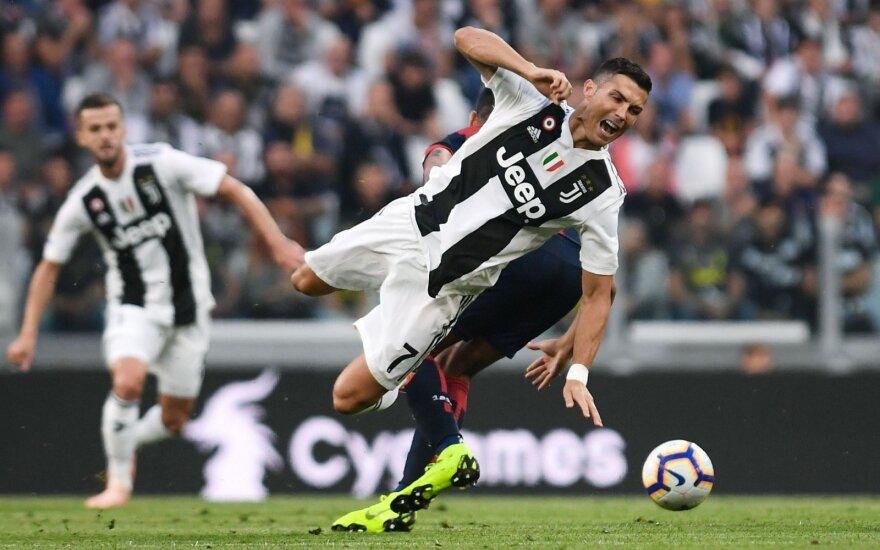 """Ronaldo įmušė, bet """"Juventus"""" nelaimėjo"""