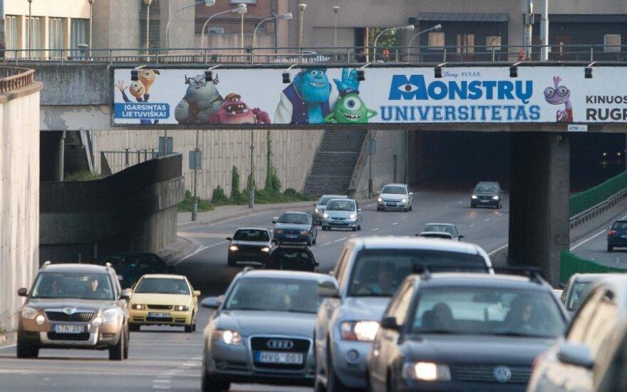 Gatvėse teks susispausti: į didmiesčius parkeliauja studentai