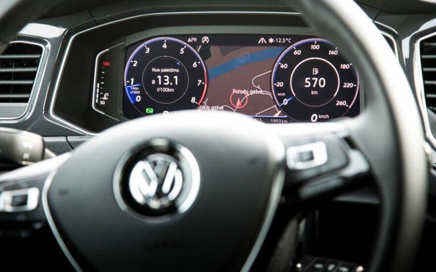 Automobilių pardavimai Vokietijoje birželį paspartėjo