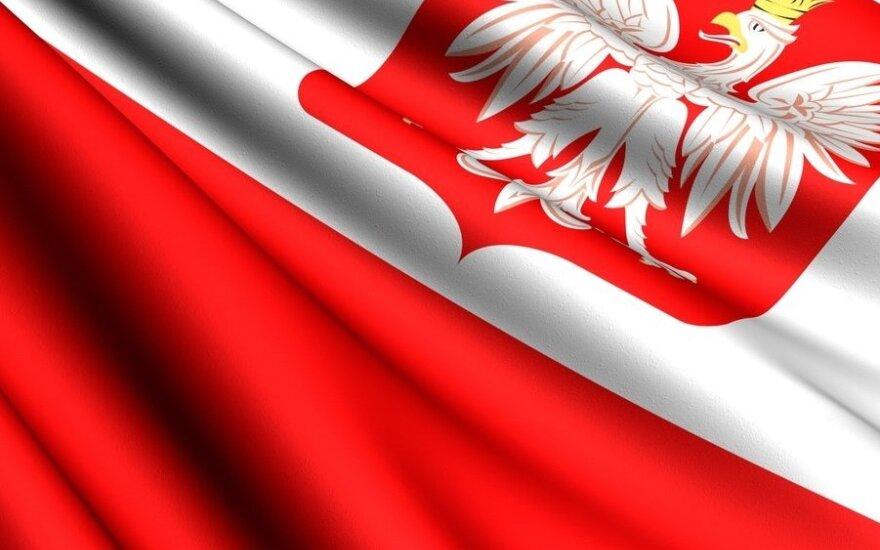 Politologė: neatmetu Lenkijos išmetimo iš ES