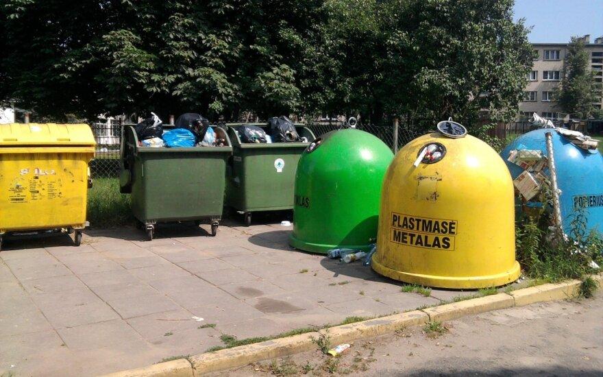 Verslininkų atliekos atsiduria jūsų konteineryje: specialistas paaiškino, ką turite žinoti