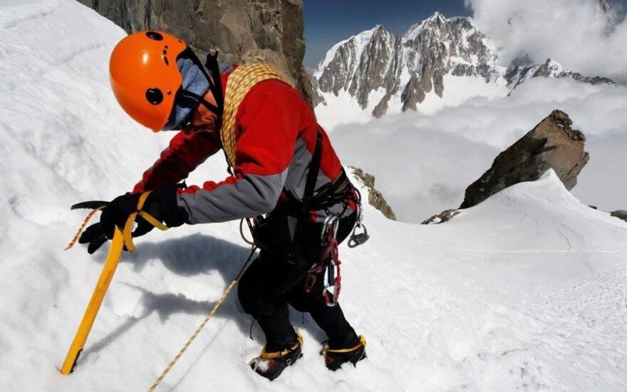 Žvilgsnio nuo Himalajų viršukalnės kaina - nupjauti pirštai
