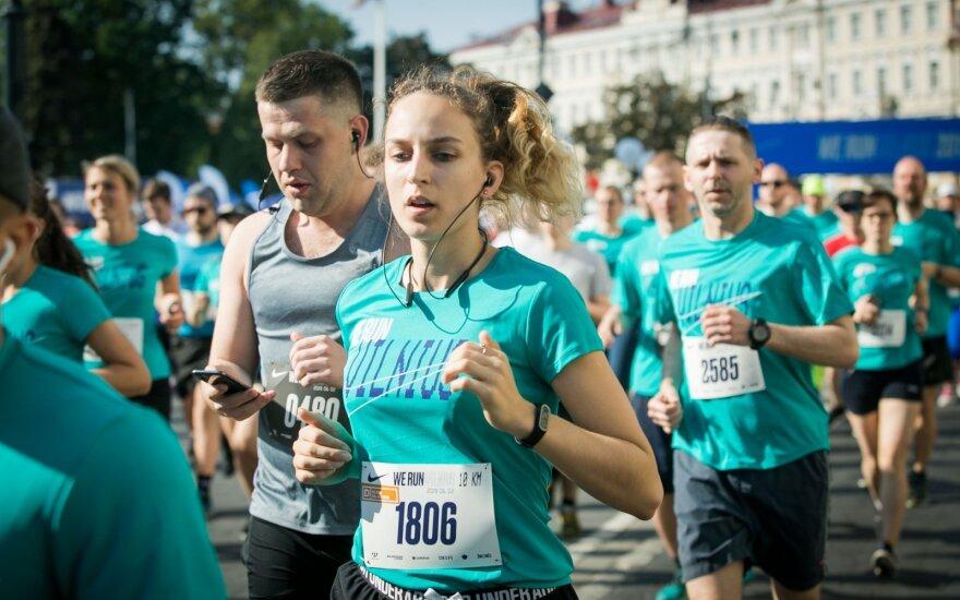 """Sostinėje įvyko """"We Run Vilnius"""" bėgimas"""