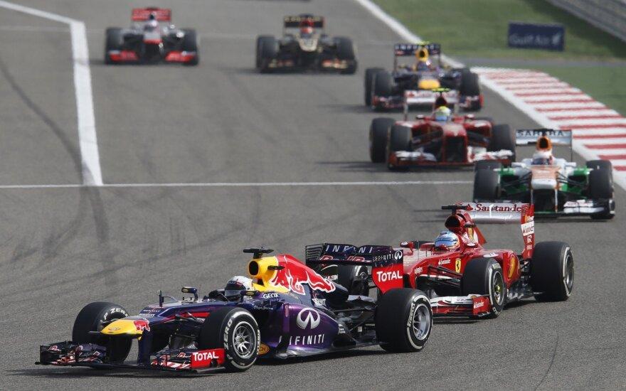 Sebastianas Vettelis ir Fernando Alonso
