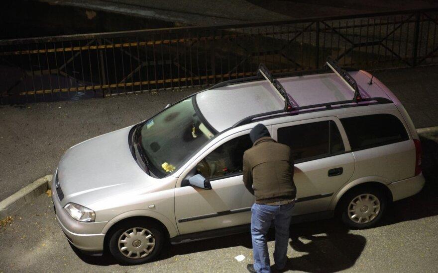 Vertingi patarimai, kaip apsaugoti savo automobilį nuo vagystės