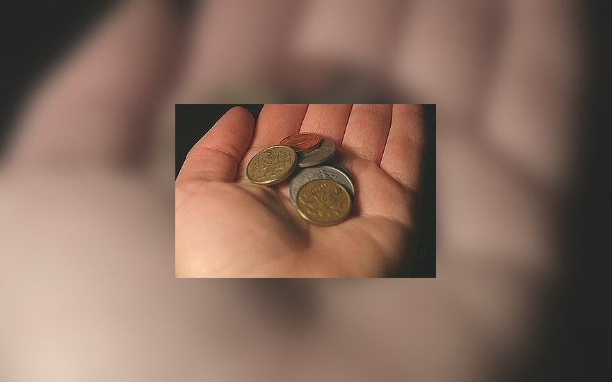 Pinigai, centai