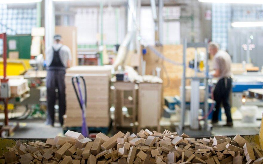 Darbuotojų skaičius per ketvirtį padidėjo tik Vilniaus regione