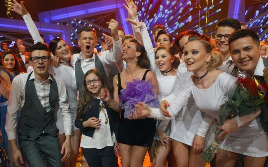 """""""Chorų karų"""" superfinalas: popsas laimėjo! Tegyvuoja menas!"""