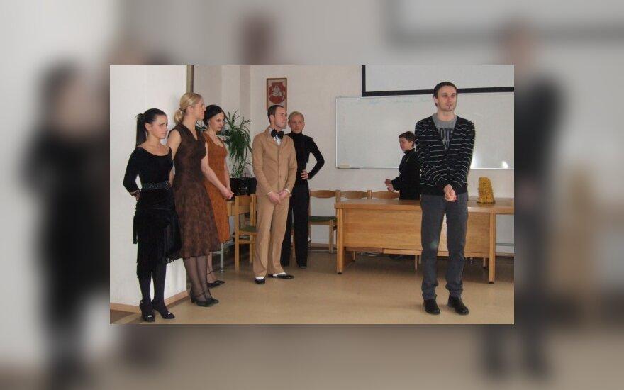 Ligoninėje Velykas sutikusiems vaikams - G.Ivanausko teatro staigmena