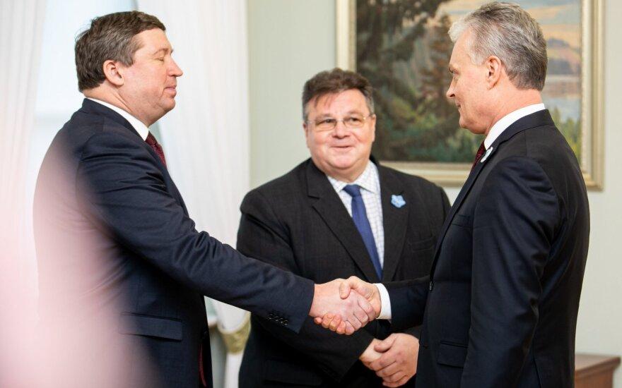 Prezidentas ragina konfliktą Artimuosiuose Rytuose spręsti diplomatinėmis priemonėmis